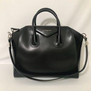 Authentic Givenchy ShinyLord Medium Antigona Black